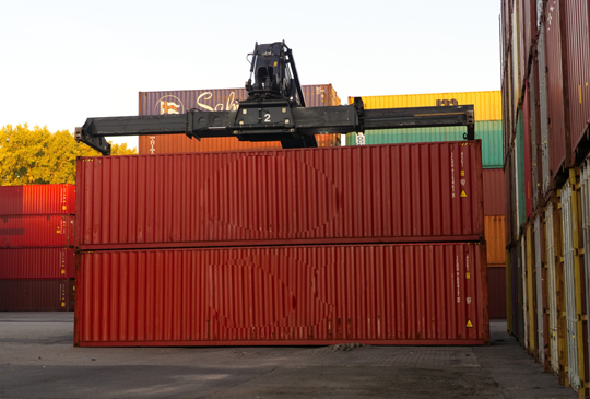cargo_handling1